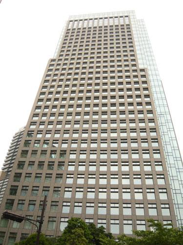 KDDI本社ビル