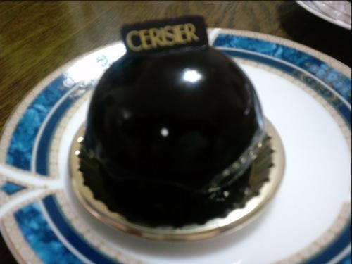 スリジェ(店名と同じケーキです)メチャうま!
